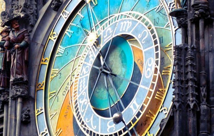 Ende März wurden die Uhren wieder um eine Stunde vorgestellt. Für die meisten von uns bedeutet das eine Stunde weniger Schlaf; für Schichtarbeiter eine Stunde weniger Arbeit.